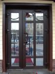 Дверь входная алюминиевая с тонированным стеклопакетом