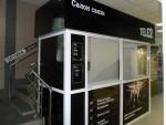 Торговый киоск для работы с покупателями.