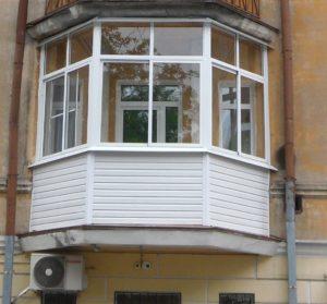 Остекление балкона в старом доме