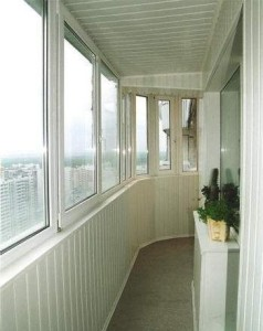 Балкон пластиковый раздвижной