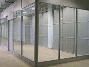 Перегородка витрина стекло закалённое